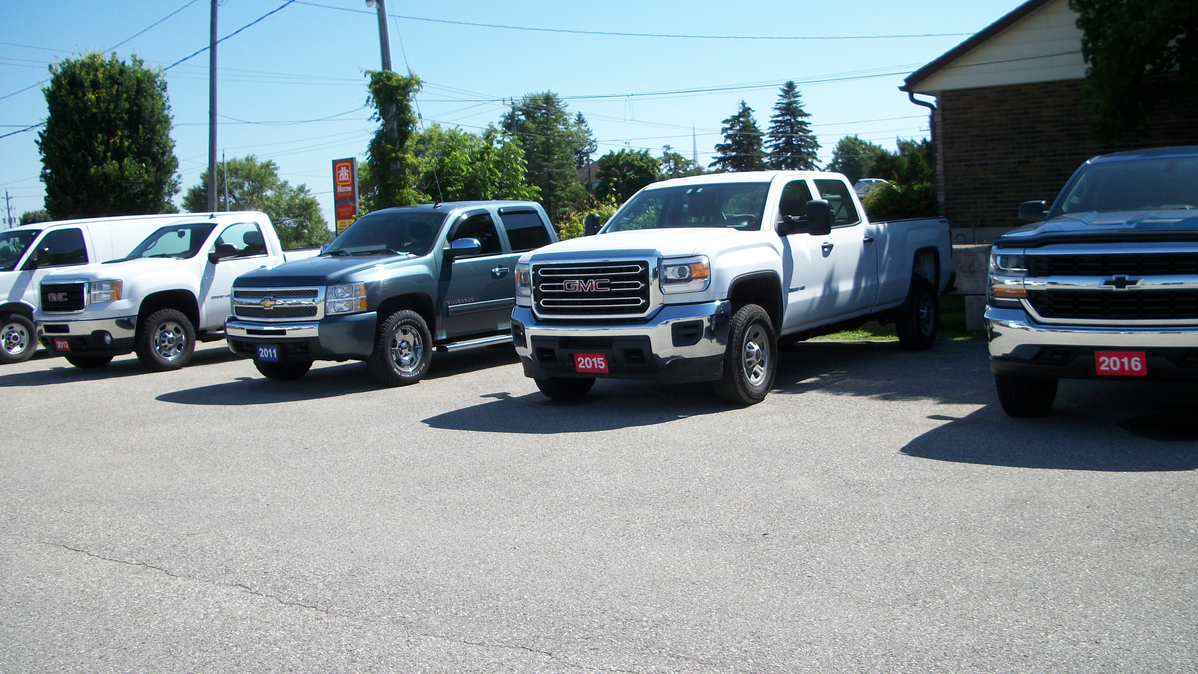 4x4 S Festival City Motors Used Pickup Trucks 4x4 Diesel Trucks And Cargo Vans Stratford Ontario