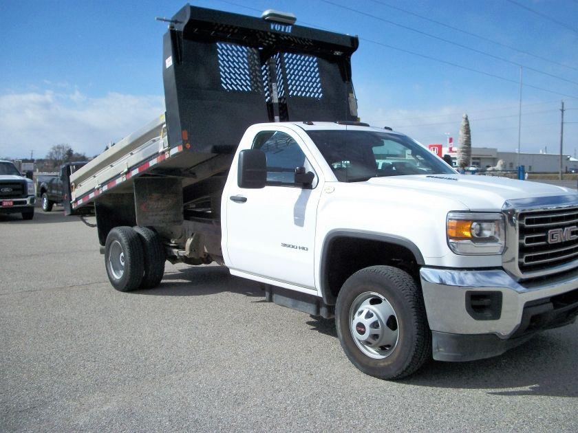 2015 gmc sierra duramax diesel 11 39 6 voth dump used truck for Motor city gmc used trucks